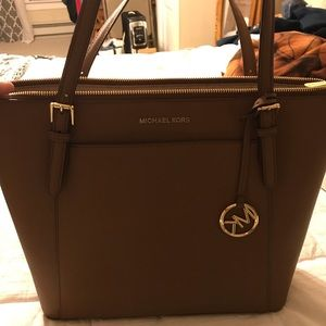 Authentic Michael Kors Ciara tote